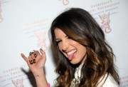 Shenae Grimes シェネイ・グライムス